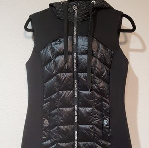 MICHAEL KORS zip up vest with hoodie NWOy